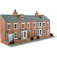 Metcalfe - PO274 - OO/HO Scale Low Relief Red Brick Terrace House Front