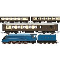 Hornby - R3402 LNER Queen of Scots Train Pack - Limited Edition