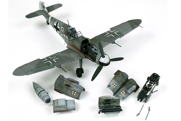 TAMIYA 61117 Messerschmitt BF-109 G6 1:48 Aircraft Model Kit